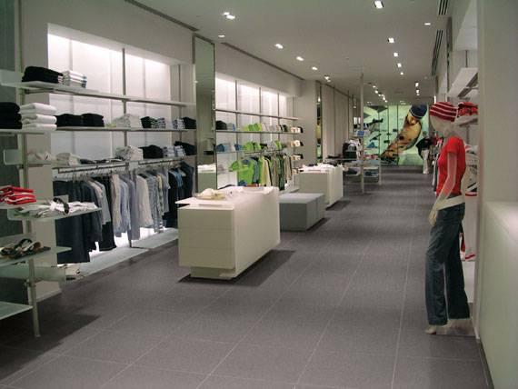 Negozi armani jeans for Uffici armani milano